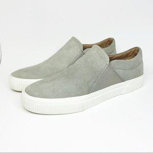 NWOB VINCE Suede slip-on sneakers sz 9M